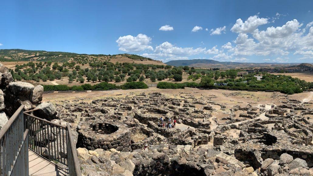 Nuraghe-Sardnija-panorama
